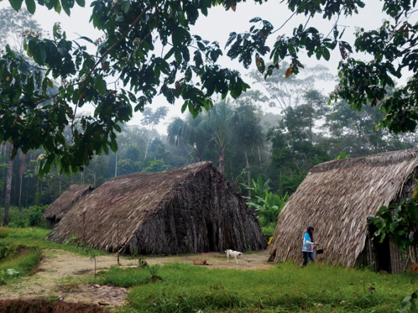 17-cononaco-chico-waorani-village-670