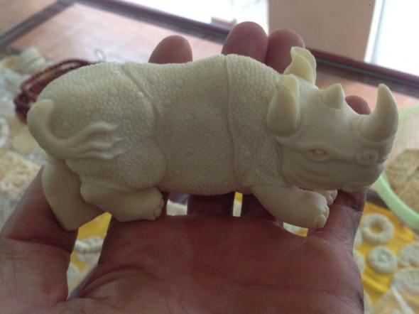 rhinoivory11